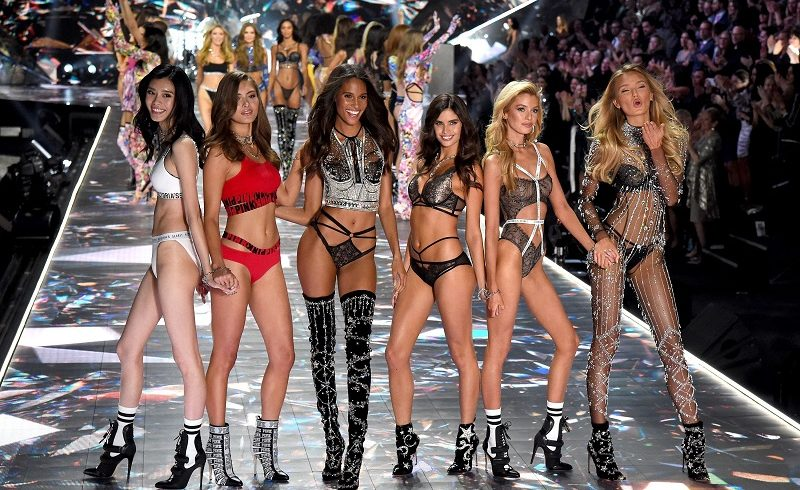Victoria's Secret holiday fashion show අවලංගු කරයි